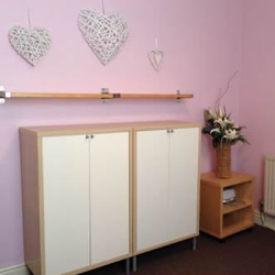 Business room to rent at the hair and beauty centre picture 1.