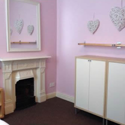Business room to rent at the hair and beauty centre picture 2.